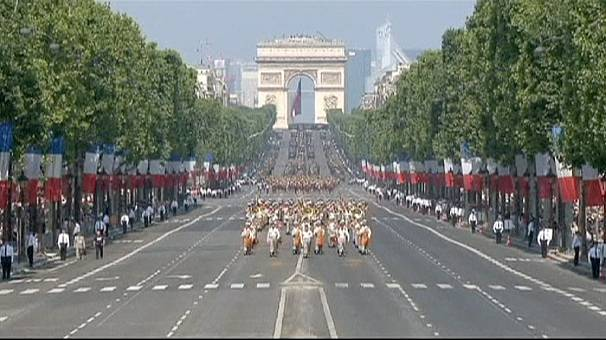 """Frankreich: Hollande erklärt am Nationalfeiertag """"Sieg"""" bei Mali-Einsatz"""