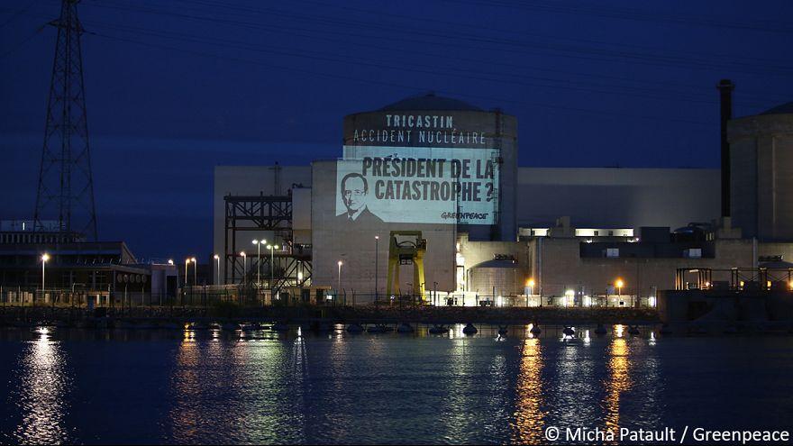 Opération coup de poing de Greenpeace à la centrale nucéléaire du Tricastin
