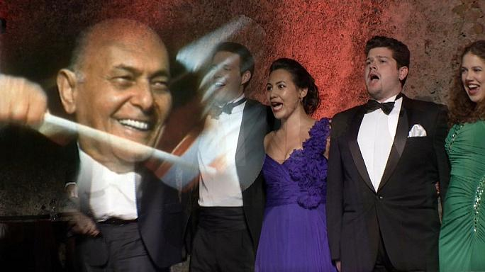 Solti inspira jovens cantores de ópera