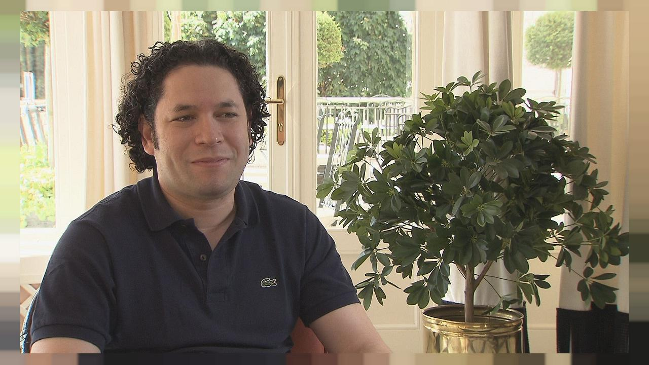 Gustavo Dudamel - interview extras