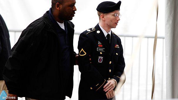 Bradley Manning says 'sorry' in WikiLeaks case