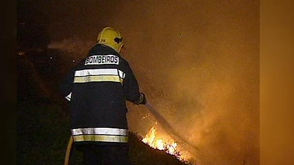 Wildfire inferno forces hospital and homes to be evacuated on Portuguese island Madeira