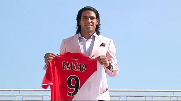 Falcao is happy to remain at Monaco despite rumours that he's leaving