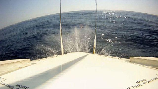 Ein Raumschiff fällt ins Wasser - ESA-Belastungstest auf Sardinien