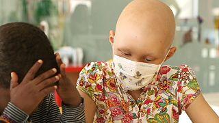 Il diritto dei bambini allo studio non finisce quando comincia la malattia