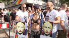 """Germania: manifestazione contro la legge russa anti-gay, """"boicottiamo Sochi"""""""