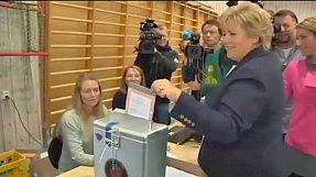 Norvegia: probabile cambio al potere nel primo voto dopo la strage di Utoya