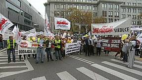 Polonia: protesta dei sindacati contro le politiche liberiste del governo