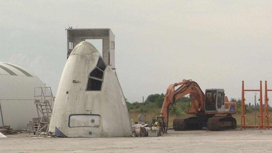 Auf dem Schrottplatz gelandet: Alte Flugzeuge als Recycling-Schatztruhen