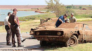 USA : six corps découverts dans deux vieilles voitures au fond d'un lac depuis 40 ans