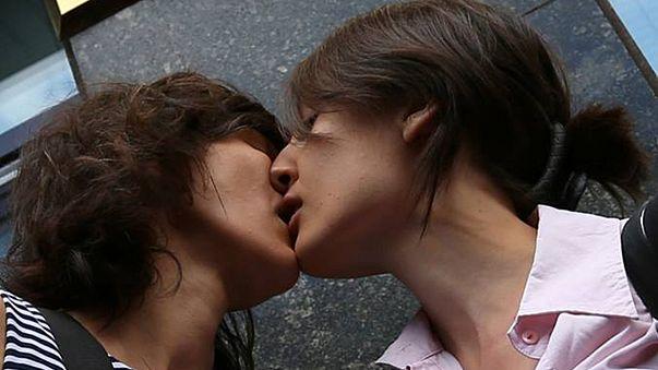 Quel avenir pour les homosexuels en Russie ?