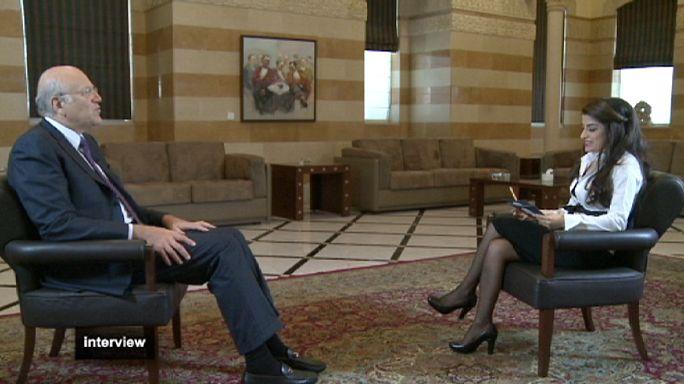 """نجيب ميقاتي في حوار خاص ليورونيوز :""""كل شخص سوري موجود في لبنان ولا تنطبق عليه صفة اللاجئ سنعيد النظر في وضعه"""""""