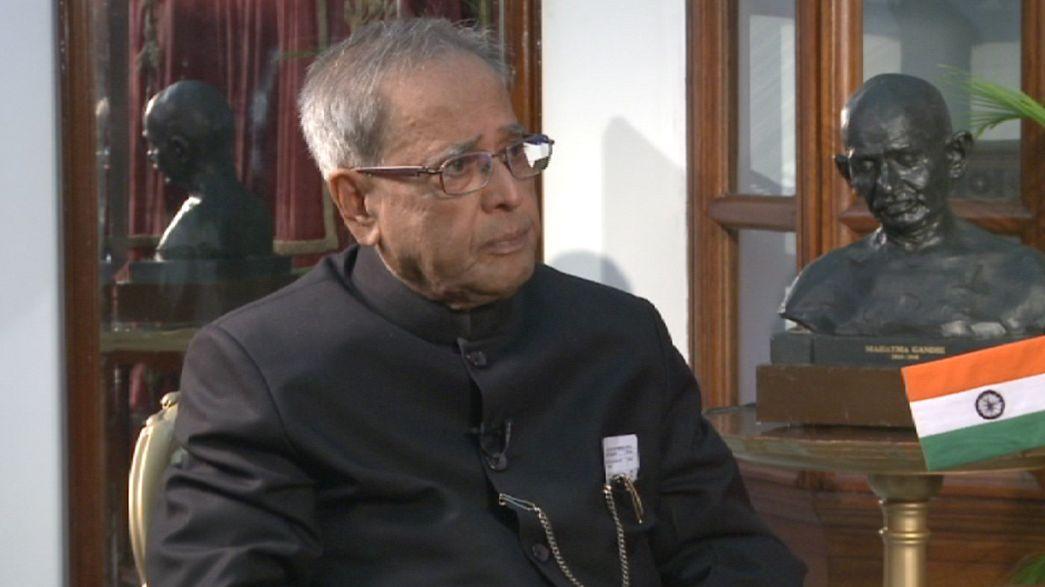 """""""Man kann sich seine Freunde aussuchen, aber nicht seine Nachbarn"""" - Pranab Mukherjee, indischer Präsident"""