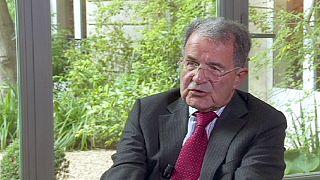 """رومانو برودي الرئيس السابق للمفوضية الأوروبية: سياسة الإتحاد الأوروبي فشلت في إدارة الأزمة الإقتصادية و """"التقشف"""" أثّر على النمو"""