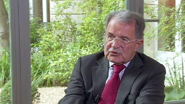 """Europa: Prodi """"Ue ha dormito nella gestione della crisi"""""""