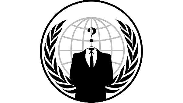 Anonymous: «Η φωνή της Χρυσής Αυγής θα πάψει από το διαδίκτυο»