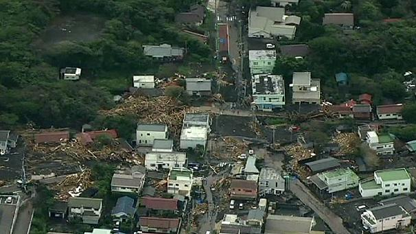 Typhoon Wipha wreaks devastation on island south of Tokyo