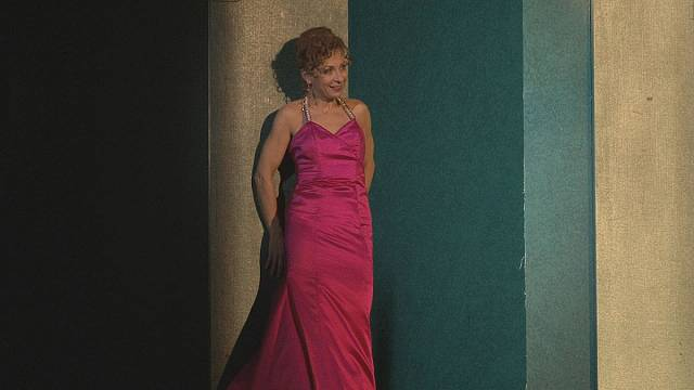 "Ünlü sopranodan operaya veda, tiyatroya ""Merhaba"""