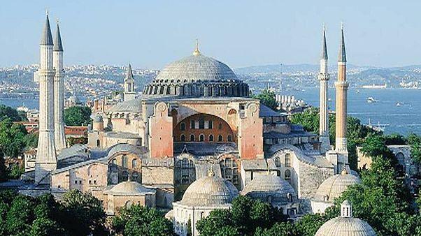 Θέλουν τέμενος... την Αγιά Σοφία!