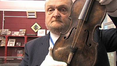 Titanic violin fetches record million euros at auction