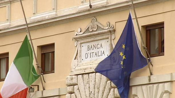 European bank lending: a tale of two financial states