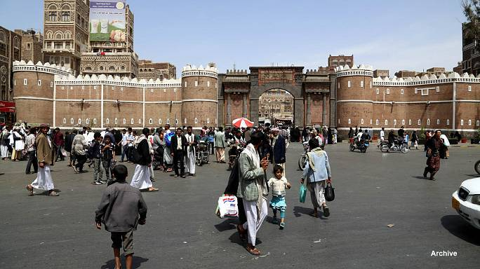 Yemen: father burns his daughter to death for contacting fiance