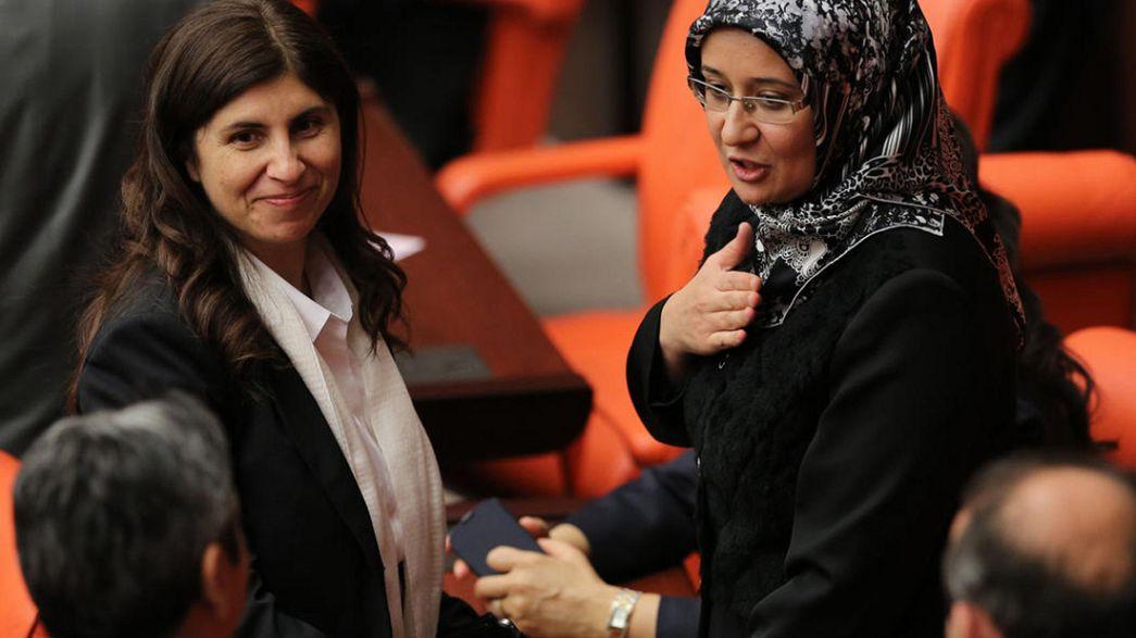 نائبات محجبات لأول مرة في البرلمان التركي