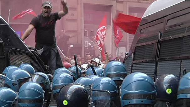Protesters decrying Italy housing evictions clash with police in Rome