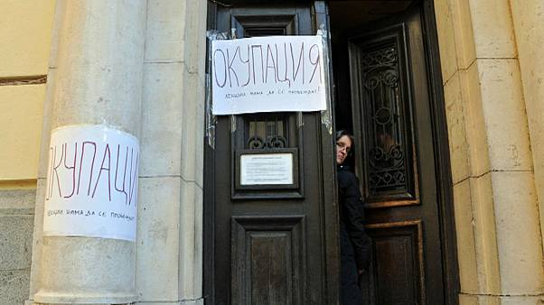 Polls show most Bulgarians support ongoing student protests