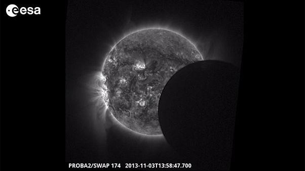 Εντυπωσιακό βίντεο από την υβριδική έκλειψη Ηλίου