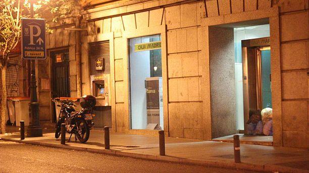 A Madrid, sors ta poubelle... à la banque