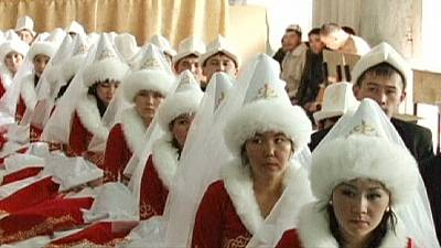 Mass wedding in Kyrgyzstan – nocomment