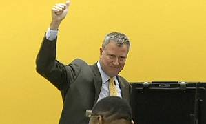 New York's mayor-elect de Blasio vows to blaze progressive trail<br />