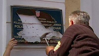 El cirílico, símbolo de la división de Vukovar