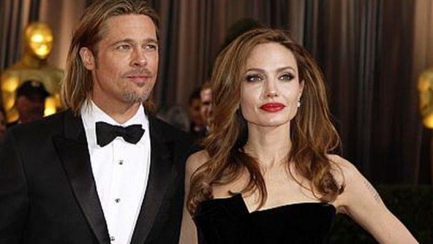 Nácikat filmeztek Brad Pitték a háborúban elesettek napján