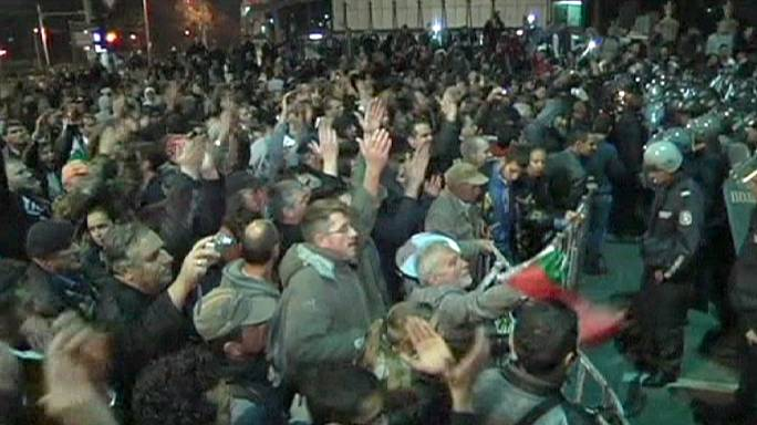"Bulgaria's ruling Socialists blame ""hooligan"" protesters, vow to stay"