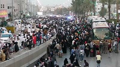 Police clash with migrants workers in Saudi Arabia