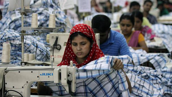 Bangladesh factories agree to pay rise but protests continue