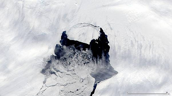 Giant iceberg from Antarctica threatens shipping worldwide