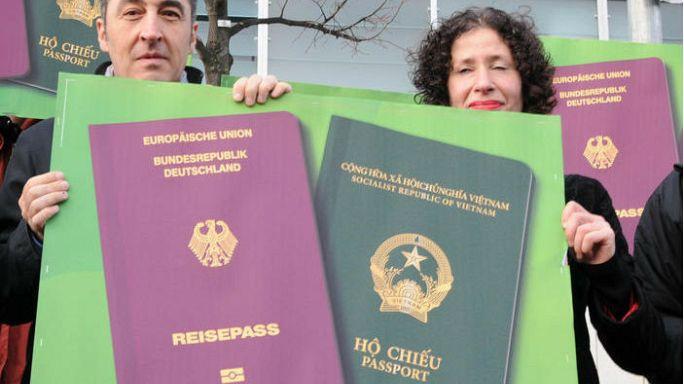 Almanya çifte vatandaşlığı masaya yatırdı