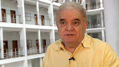 Entrevista ao economista angolano Manuel da Rocha