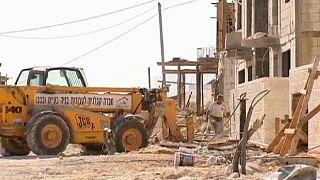 محكمة اسرائيلية تجمد لمدة شهر امر هدم عشر بنايات في حي راس خميس بالقدس الشرقية