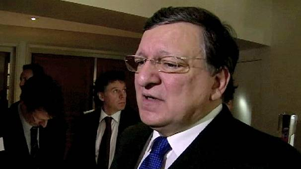 EU's Barroso agrees to meet Ukrainian officials