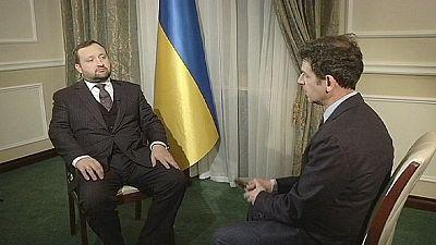 Ucrania promete una investigación profesional y minuciosa de los disturbios en Kiev