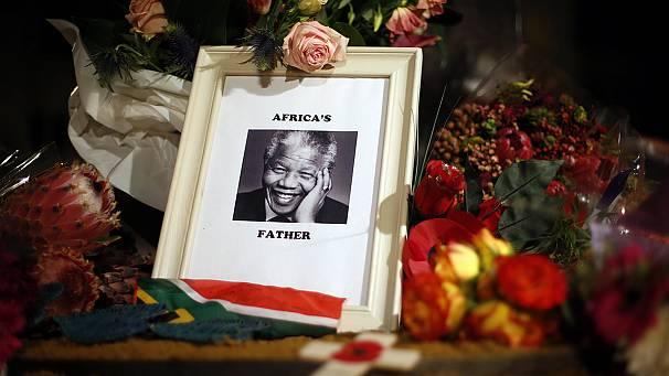 """Our people have lost a father"" – the world mourns Mandela"
