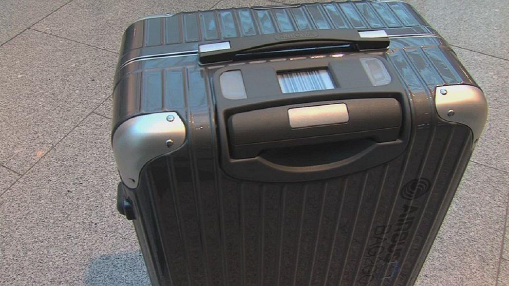 Intelligenter Koffer findet sich selbst
