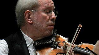 Ο κορυφαίος βιολονίστας Γκίντον Κρέμερ στο Μέγαρο Μουσικής