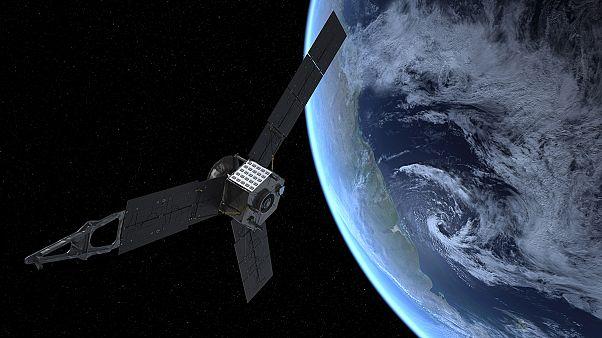 O Juno «κάνει» πιρουέτες δίπλα στη Γη και τη Σελένη! – Βίντεο