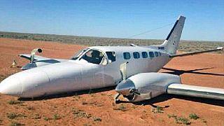 Ο πιλότος ξέχασε... να κατεβάσει τους τροχούς στην προσγείωση!