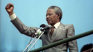 Mandela e a democracia em África
